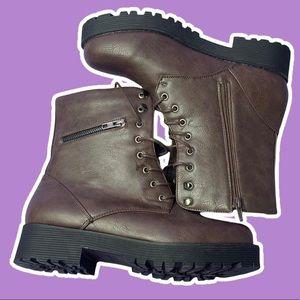 NWOT Combat Boots Chunky Platform